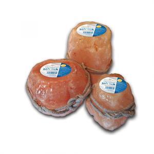 HIMALAYAN SMALL SALT STONE LICK 1kg Image 1